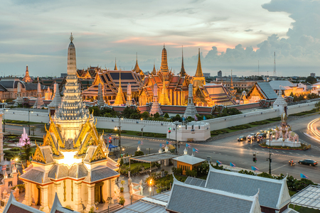 kaew: Bangkok City Pillars Shrine and Wat Phra Kaew
