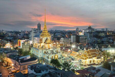 wat traimit: Wat Traimit in Bangkok, Thailand Editorial