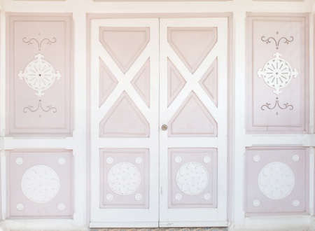 english oak: Pink wood classic door with pattern