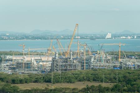 materiales de construccion: Vista aérea de la construcción de centrales eléctricas