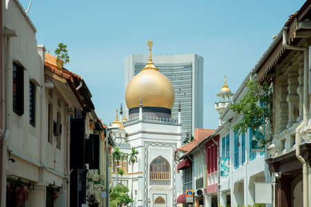 singapore culture: Sultan Mosque centre of islamic culture and traditions in Singapore