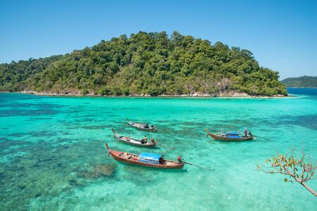 thailand beach: Summer, Travel, Vacation and Holiday concept - Tropical beach, longtail boats at Lipe island in Satun, Thailand