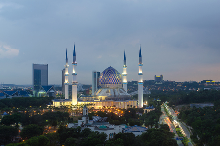 shah: The beautiful Sultan Salahuddin Abdul Aziz Shah Mosque (also known as the Blue Mosque) located at Shah Alam, Selangor, Malaysia. Stock Photo