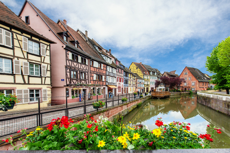 colmar: Colorful traditional french houses on the side of river Lauch in Petite Venise, Colmar, France