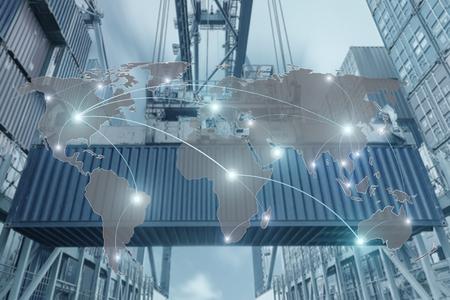 concepto de Importación, Exportación, Logística - Mapa conexión de socio global de la nave de la carga de carga del envase para el fondo Logística Importación y Exportación Foto de archivo