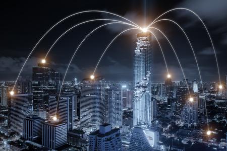 Sieć biznesowy conection system na Bangkok mieście w tle. Koncepcja połączenia sieci firmy