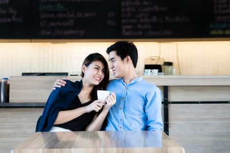 Trink-und Dating-Verkauf