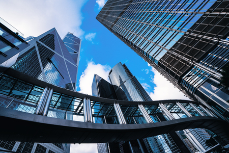 Nowoczesne centrum biznesowe w Hongkongu. Wieżowce w dzielnicy handlowej w Hongkongu. Zdjęcie Seryjne