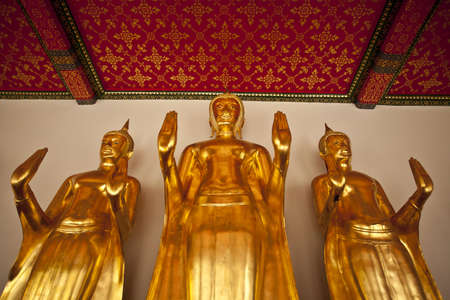 persuading: Buddha image, Golden Buddha image in persuading pose