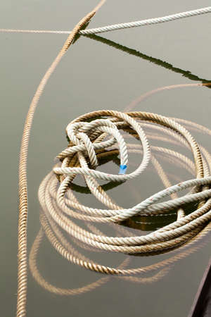 bind: mess-up bind rope, mess-up binding rope for boat hang in lake water