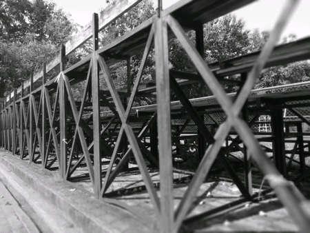 Structure of metal under very old it amphitheatreh 版權商用圖片