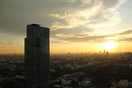 krung: Sunset in Bangkok