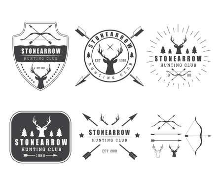 arco y flecha: Conjunto de etiquetas de caza vintage, placas y elementos de diseño