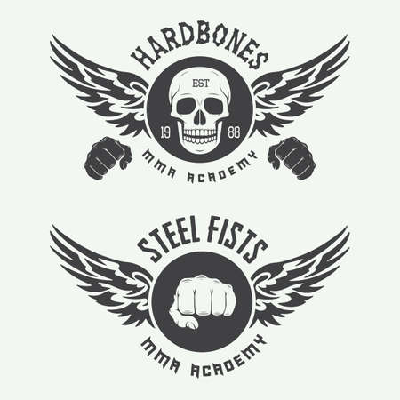 Ensemble de cru arts martiaux mixtes logo, insignes et emblèmes. Vector illustration Banque d'images - 44081686