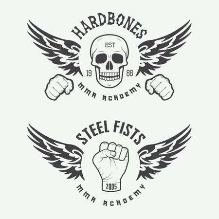 Conjunto de la vendimia de artes marciales mixtas logotipo, insignias y emblemas. Ilustración vectorial Vectores