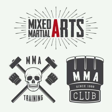 artes marciales mixtas: Conjunto de la vendimia de artes marciales mixtas logotipo, insignias y emblemas. Ilustración vectorial Vectores