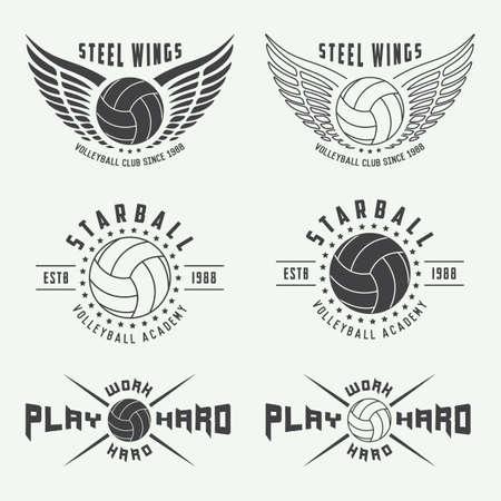 balon de voley: Conjunto de etiquetas de voleibol vintage, emblemas y logotipo. Ilustración vectorial Vectores