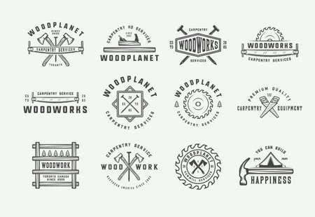 Zestaw starych etykiet stolarki, stolarki i mechanika, odznak, emblematów i logo. Ilustracja wektorowa. Grafika monochromatyczna. Logo