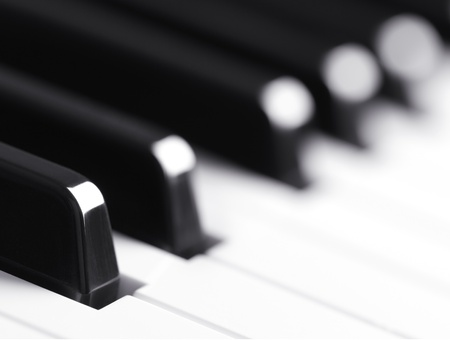 piano keyboard photo