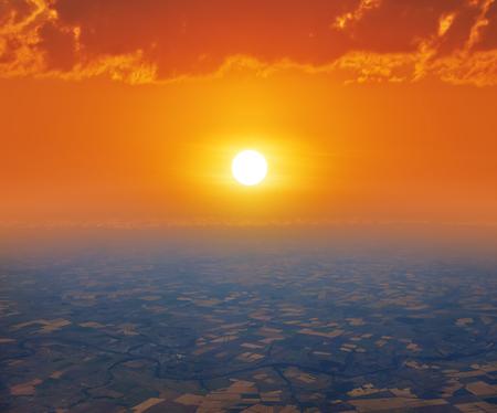 altitude: sunrise or sunset, birds-eye view