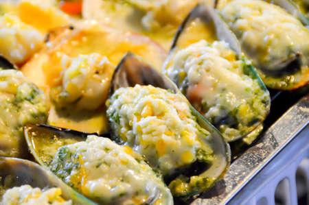 cheesy: Cheesy Mussels