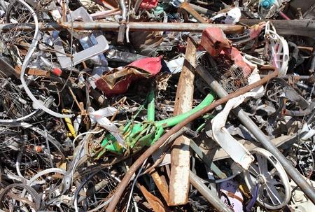 altmetall: Haufen Schrott in einem Recycling-Anlage Lizenzfreie Bilder