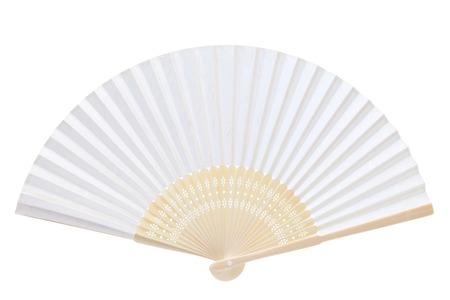ventaglio pieghevole isolato su uno sfondo bianco