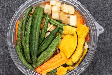 dried vegetables: Mezcla de verduras secas