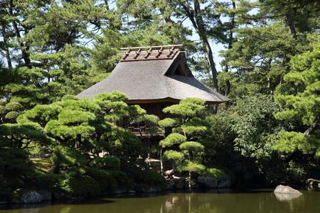 japanese tea garden: Tea house in a beautiful japanese garden Editorial