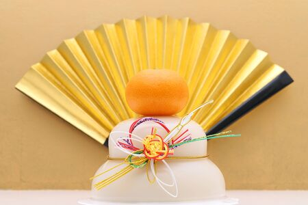 Japanese new year decoration Kagamimochi made from rice Stok Fotoğraf