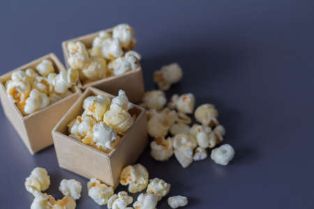 movie film: Caramel popcorn