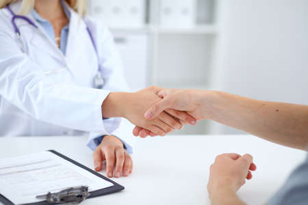 positiv: Partnership, trust and medical ethics concept