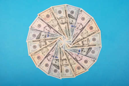 Abstract money background raster pattern repeat circle  on green background. High resolution photo. Stockfoto