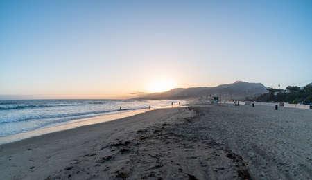 Scenic panoramic Zuma Beach vista at sunset, Malibu, Southern California Banco de Imagens
