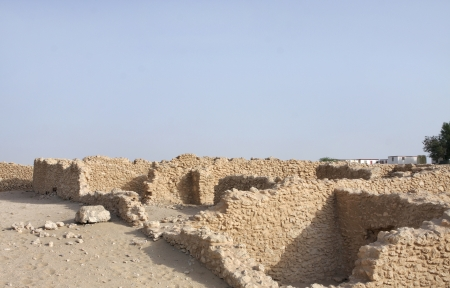 saar: Ruins of ancient rooms in Saar Village
