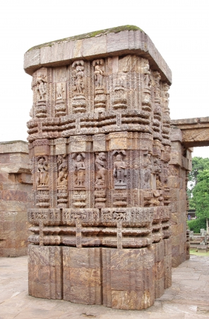 nata: A beautiful column of Nata mandir in front of Sun Temple Konarak