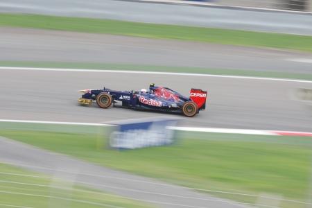 SHAKIR, BAHRAIN - APRIL 19: Daniel Ricciardo of STR-Ferrari racing on Friday practice session,  April 19, 2013, Formula 1 Gulf Air Bahrain Grand Prix 2013