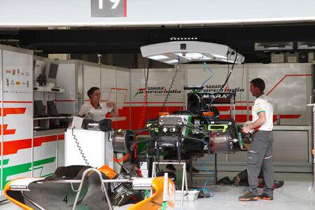 pit stop: SHAKIR, BAHRAIN - APRIL 03: Pit stop garage of team Force India-Mercedes on Thursday April 03, 2014, Formula 1 Gulf Air Bahrain Grand  Prix 2014