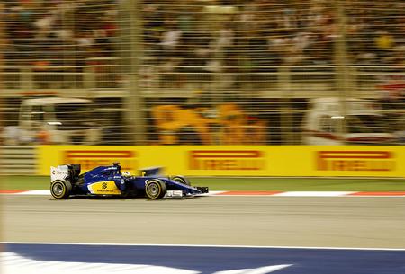 Marcus Ericsson of Sauber racing racing during Final day on Sunday April 19 2015 Formula 1 Gulf Air Bahrain Grand Prix 2015
