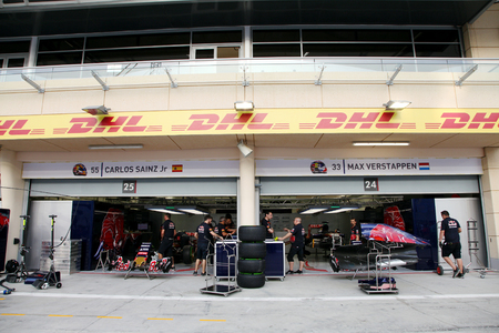 pit stop: Pit stop garage of team Toro Rosso on Thursday April 16 2015 Formula 1 Gulf Air Bahrain Grand Prix 2015 Editorial