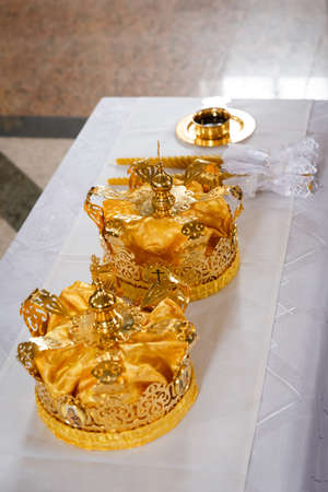 glans: Wedding crowns in church ready to wedding ceremony