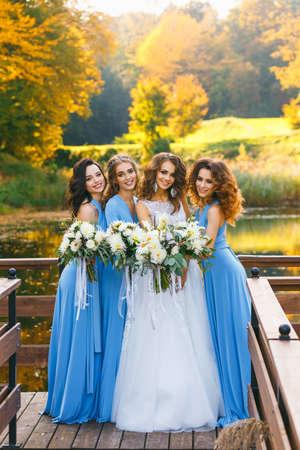 新婦付け添人の花嫁