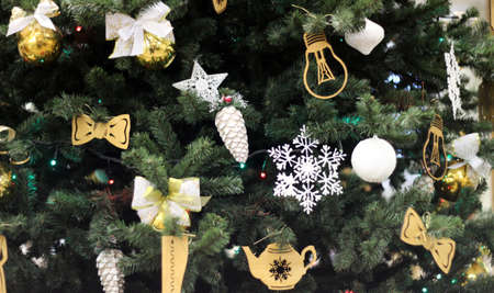 Christmas tree with decorations bols, New year balloons, butterflies, snowflakes 免版税图像