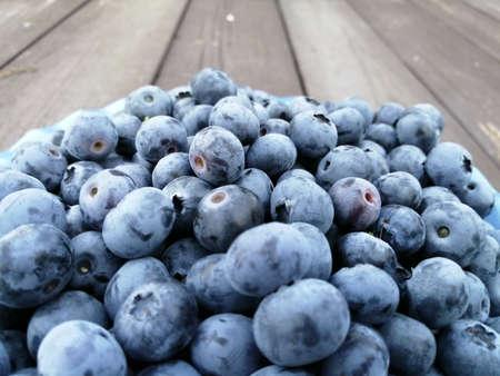 Breast berries blue delicious blueberries, healthy berries with lots of vitamins 免版税图像