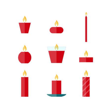 Vlakke pictogrammen Kerst kaarsen op een witte achtergrond. Icons kaarsen set. 9 verschillende kaarsen in vlakke stijl. Kaarsen collectie.