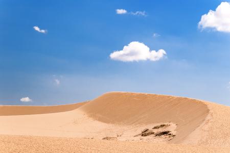 sen: The White Dunes bau sen, bau trang- landmark near Mui Ne, Binh Thuan, Vietnam.