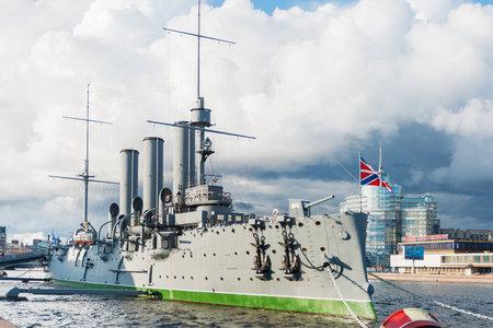 piter: SAINT-PETERSBURG, RUSSIA - August 14, 2009. Aurora cruiser, the battleship marked the beginning of Great October Communist Revolution in 1917. Editorial