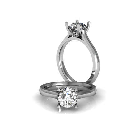 jewelle: Round Diamonds Ring