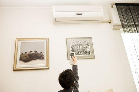 Chłopiec zdalnego klimatyzacji