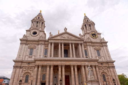 saint paul's cathedral in london photo